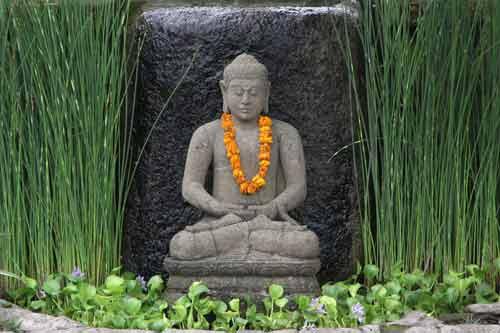 Buddha Figuren für den Garten oder als dekoratives Element im Innenbereich