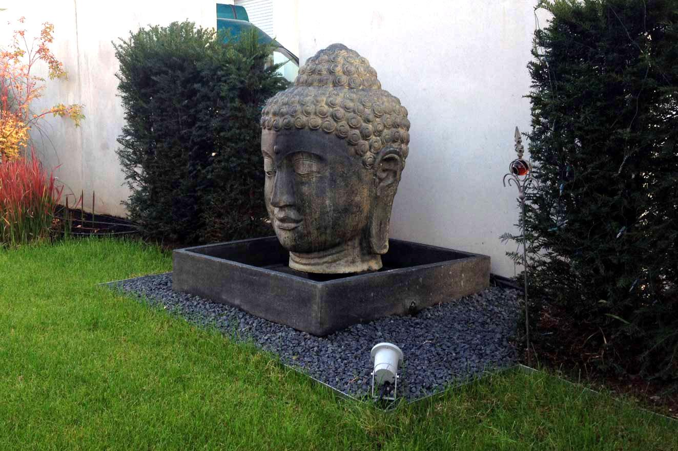View Larger Image Buddha Brunnen