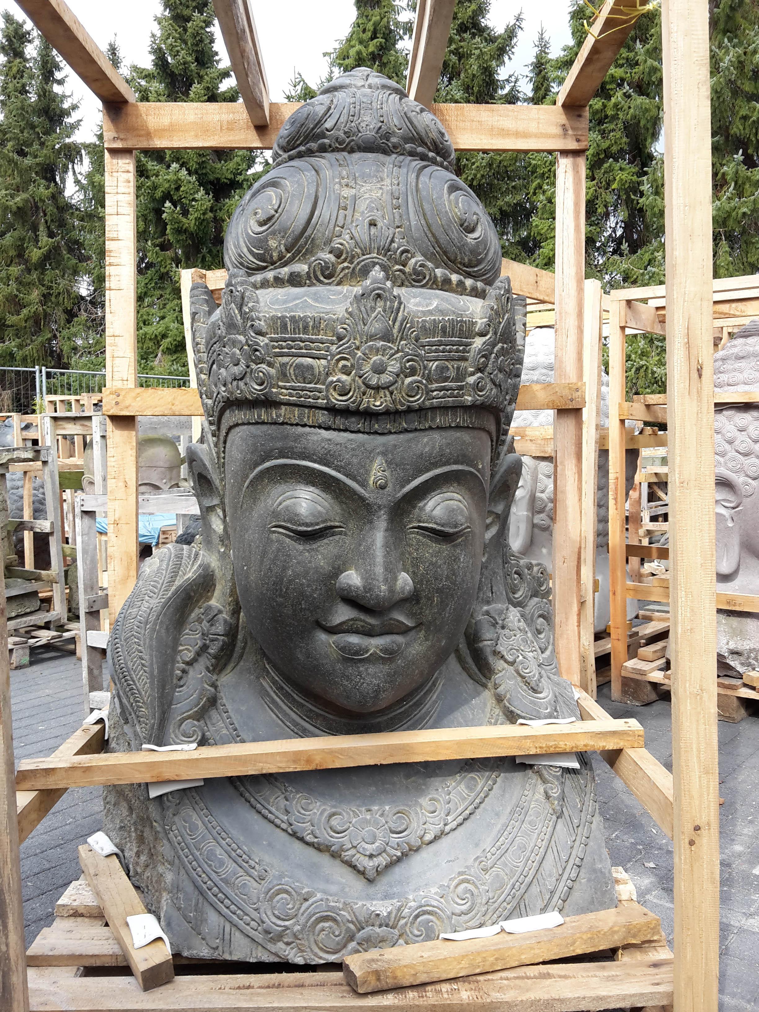 Dewi Büste im Antik Look