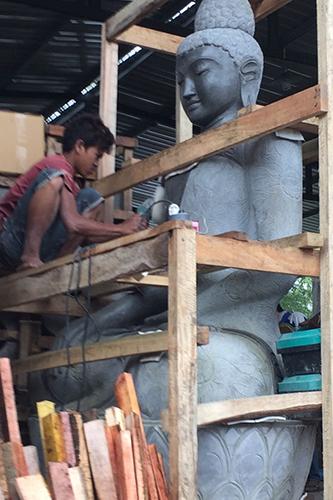 Big Buddha 235 cm hoch