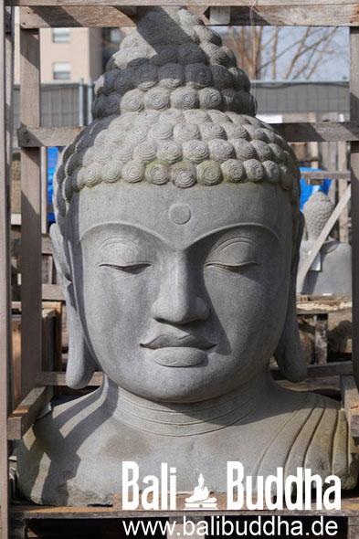 Buddha Büste aus Stein